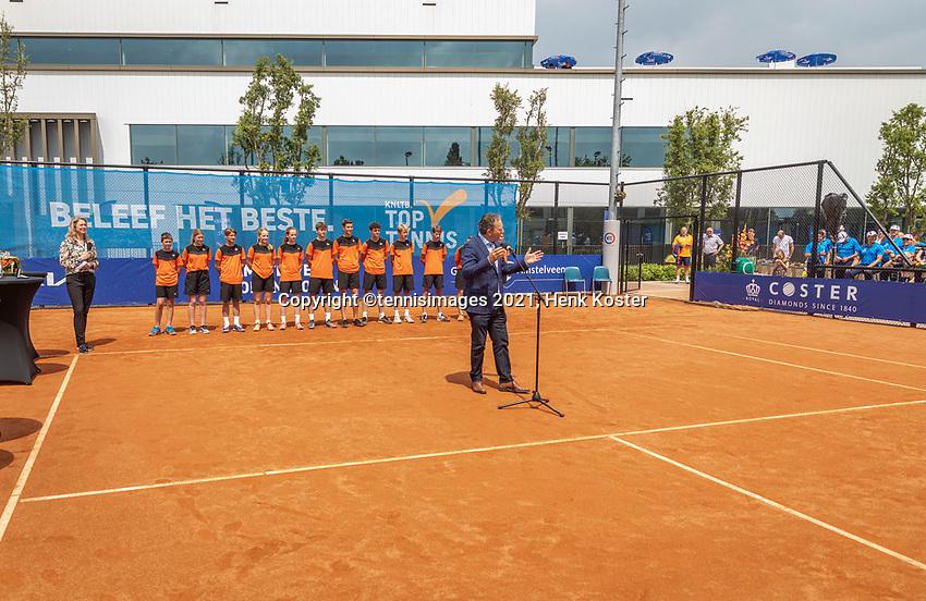 Amstelveen, Netherlands, 10 Juli, 2021, National Tennis Center, NTC, Amstelveen Womans Open, Singles final:  Sponsor Ronald Coster<br /> Photo: Henk Koster/tennisimages.com