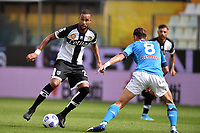 Hernani of Parma Calcio 1913 and Fabian Ruiz of SSC Napoli compete for the ball during the Serie A football match between Parma Calcio 1913 and SSC Napoli at Ennio Tardini stadium in Parma (Italy), September 20th, 2020. Photo Andrea Staccioli / Insidefoto
