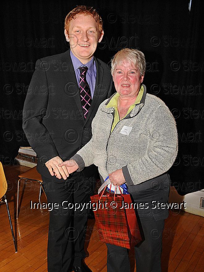 14/12/2010  Copyright  Pic : Lisa Ferguson / JSP.041_christmas_seminar_2010  .::  FALKIRK COUNCIL ::  LITTER STRATEGY :: CHRISTMAS SEMINAR 2010  ::  STAUNCH SUPPORTER AWARD ::  JEAN WEIR ::.