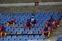 PEREIRA-COLOMBIA, 10–10-2020: Jugadores de Deportivo Pereira, durante partido de la fecha 13 entre Deportivo Pereira y Envigado F. C., por la Liga BetPlay DIMAYOR 2020, jugado en el estadio Hernan Ramirez Villegas de la ciudad de Pereira. / Players of Deportivo Pereira during match of 13th date between Deportivo Pereira and Envigado F. C., for the BetPlay DIMAYOR League 2020 played at the Hernan Ramirez Villegas in Pereira city. / Photo: VizzorImage / Juan Jose Horta / Cont.