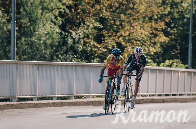 Romain Bardet (FRA/AG2R-La Mondiale) attacking Alejandro Valverde (ESP/Movistar team) with 2km to go<br /> <br /> MEN ELITE ROAD RACE<br /> Kufstein to Innsbruck: 258.5 km<br /> <br /> UCI 2018 Road World Championships<br /> Innsbruck - Tirol / Austria