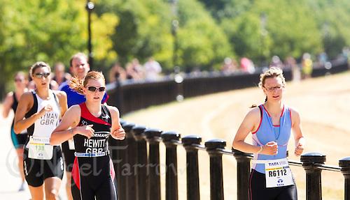 24 JUL 2010 - LONDON, GBR - Age Group Sprint event at the ITU World Championship Series race (PHOTO (C) NIGEL FARROW)