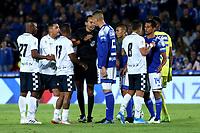 BOGOTÁ-COLOMBIA, 15-02-2020: Jugadores de Millonarios y Boyacá Chicó F.C., discuten durante partido entre Millonarios y Boyacá Chicó F.C. de la fecha 5 por la Liga BetPlay DIMAYOR 2020 jugado en el estadio Nemesio Camacho El Campín de la ciudad de Bogotá. / Players of Millonarios and Boyaca Chico F.C., discuss during a match between Millonarios and Boyaca Chico F.C. of the 5th date for the BetPlay DIMAYOR Leguaje I 2020 played at the Nemesio Camacho El Campin Stadium in Bogota city, Photo: VizzorImage / Daniel Garzón / Cont.