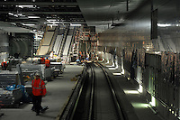 Citytunnel - City-Tunnel City Tunnel - Station Bayrischer Bahnhof - Ausbaustufe - Wandverkleidungen und bereits die Rolltreppen sind / werden installiert . Foto: aif / Norman Rembarz..Jegliche kommerzielle wie redaktionelle Nutzung ist honorar- und mehrwertsteuerpflichtig! Persönlichkeitsrechte sind zu wahren. Es wird keine Haftung übernommen bei Verletzung von Rechten Dritter. Autoren-Nennung gem. §13 UrhGes. wird verlangt. Weitergabe an Dritte nur nach  vorheriger Absprache. Online-Nutzung ist separat kostenpflichtig..