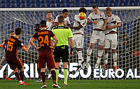 Calcio, Serie A: Roma vs Milan. Roma, stadio Olimpico, 9 gennaio 2016.<br /> Roma's Miralem Pjanic, left, attempts a free kick during the Italian Serie A football match between Roma and Milan at Rome's Olympic stadium, 9 January 2016.<br /> UPDATE IMAGES PRESS/Riccardo De Luca