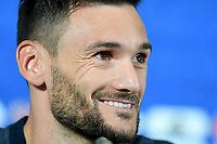 KAZAN - RUSIA, 15-06-2018: Hugo Lloris, arquero de Francia, durante conferencia de prensa del equipo frances como parte de la Copa Mundo FIFA 2018 Rusia. / Hugo Lloris goalkeeper of France speaks to the media during the French team press conference at Kazan Arena as part of the 2018 FIFA World Cup Russia. Photo: VizzorImage / Julian Medina / Cont