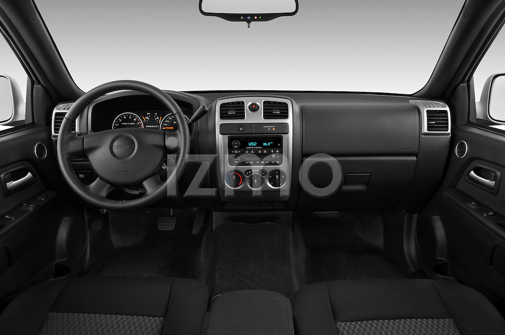 Straight dashboard view of a 2009 GMC Canyon SLE Extended Cab.