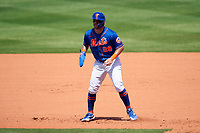 New York Mets J.D. Davis (28) leads off during a Major League Spring Training game against the St. Louis Cardinals on March 19, 2021 at Clover Park in St. Lucie, Florida.  (Mike Janes/Four Seam Images)