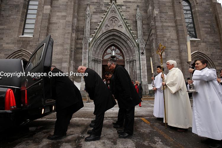 """Les funerailles du Pere Emmett Johns, """"Pops"""", celebres par l'Archevque de Montreal Christian Lepine, le 27 Janvier 2018 a la Basilique Saint-Patrick. <br /> <br /> PHOTO :  Agence Quebec Presse"""