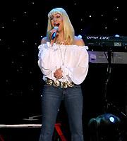 Cher 11–10-2003<br /> Photo By John Barrett/PHOTOlink