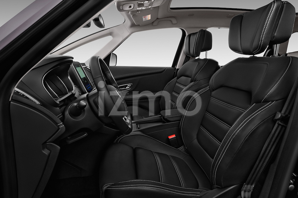 Front seat view of 2017 Renault Grand-Scenic Bose-Edition 5 Door Minivan Front Seat  car photos
