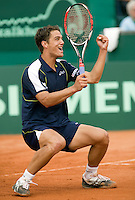 13-7-08, Scheveningen, ITS, Tennis Siemens Open 2008,  Jesse Huta Galung viert feest hij heeft zojuist de finale gewonnen