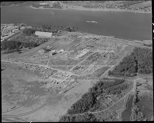 "Ackroyd 15540-06 ""Port of Portland. Aerials at Rivergate. August 30, 1968"""