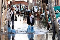 Acqua alta a Rio San Barnaba, Venezia<br /> High water scene in Rio San Barnaba, Venice.<br /> UPDATE IMAGES PRESS/Riccardo De Luca
