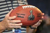 Ball mit dem Logo des Super Bowl XLV<br /> Vorstellung Logo Super Bowl XLV, Super Bowl XLIV Pressekonferenzen *** Local Caption *** Foto ist honorarpflichtig! zzgl. gesetzl. MwSt. Auf Anfrage in hoeherer Qualitaet/Aufloesung. Belegexemplar an: Marc Schueler, Alte Weinstrasse 1, 61352 Bad Homburg, Tel. +49 (0) 151 11 65 49 88, www.gameday-mediaservices.de. Email: marc.schueler@gameday-mediaservices.de, Bankverbindung: Volksbank Bergstrasse, Kto.: 52137306, BLZ: 50890000
