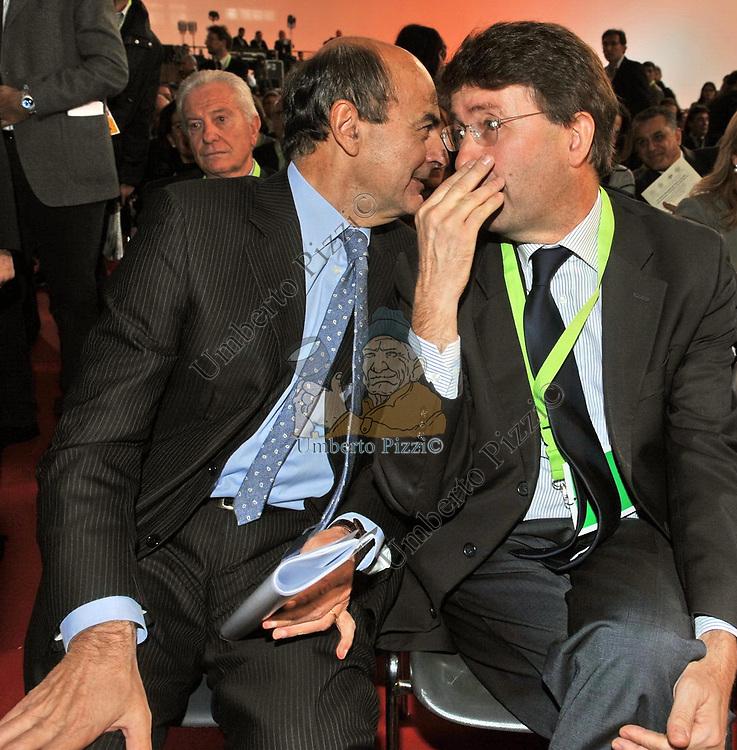 PIERLUIGI BERSANI E DARIO FRANCESCHINI<br /> ASSEMBLEA PARTITO DEMOCRATICO - HOTEL MARRIOTT ROMA 2009