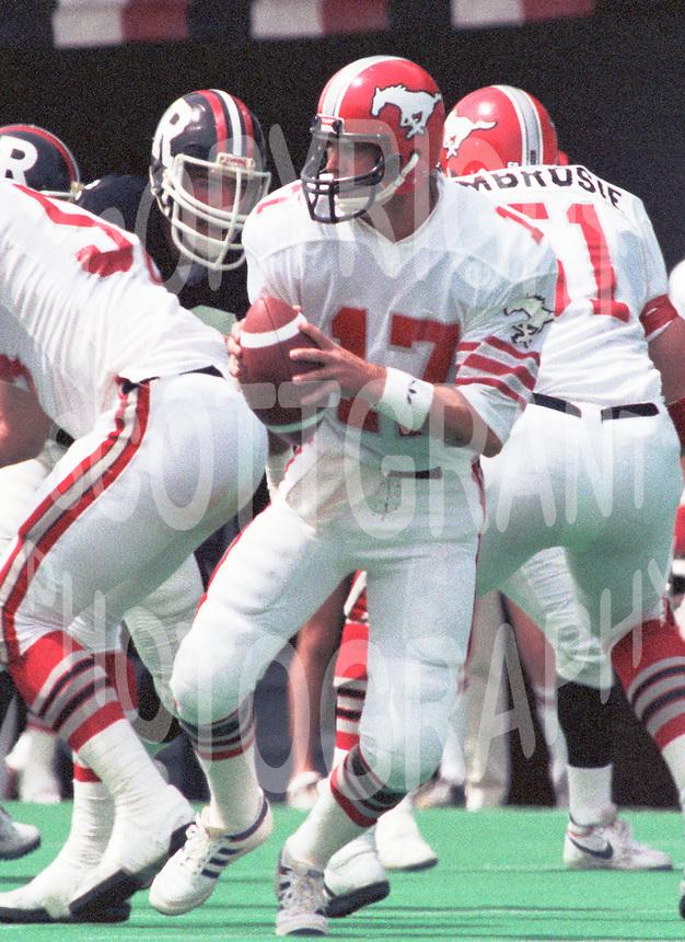 Joe Barnes Calgary Stampeders quarterback. Photo Scott Grant