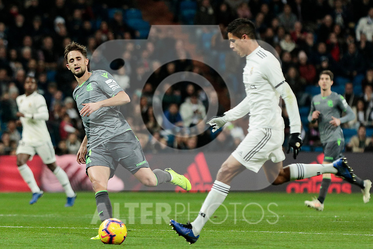 Real Madrid's Raphael Varane and Real Sociedad's Adnan Januzaj during La Liga match between Real Madrid and Real Sociedad at Santiago Bernabeu Stadium in Madrid, Spain. January 06, 2019. (ALTERPHOTOS/A. Perez Meca)<br />  (ALTERPHOTOS/A. Perez Meca)