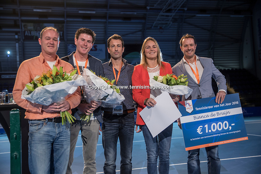 Rotterdam, Netherlands, December 16,  2016, Topsportcentrum,  Coaches Congress , Tennis coach of the year, Winner Bianca de Bruijn<br /> Photo: Tennisimages/Henk Koster