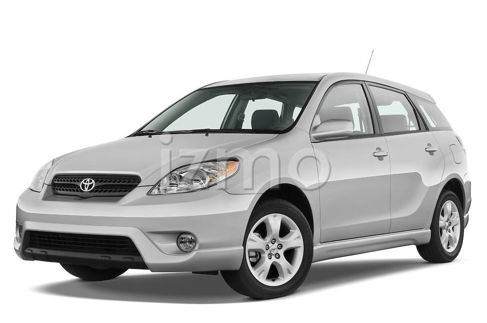 Low aggressive front three quarter view of a 2008 Toyota Matrix wagon.