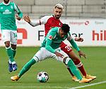 17.10.2020, Schwarzwald Stadion, Freiburg, GER, 1.FBL, SC Freiburg vs SV Werder Bremen<br /><br />im Bild / picture shows<br />Vincenzo Grifo (Freiburg), Theodor Gebre Selassie (Bremen)<br /><br />Foto © nordphoto / Bratic<br /><br />DFL REGULATIONS PROHIBIT ANY USE OF PHOTOGRAPHS AS IMAGE SEQUENCES AND/OR QUASI-VIDEO.