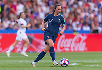PARIS,  - JUNE 28: Gaëtane Thiney #17 dribbles the ball during a game between France and USWNT at Parc des Princes on June 28, 2019 in Paris, France.