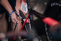 last tire pressure check before the start<br /> <br /> Stage 5: Lorient > Quimper (203km)<br /> <br /> 105th Tour de France 2018<br /> ©kramon