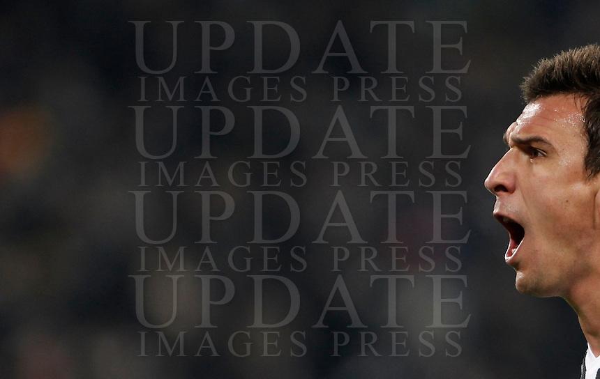 Calcio, Champions League: Gruppo D - Juventus vs Manchester City. Torino, Juventus Stadium, 25 novembre 2015. <br /> Juventus' Mario Mandzukic celebrates after scoring during the Group D Champions League football match between Juventus and Manchester City at Turin's Juventus Stadium, 25 November 2015. <br /> UPDATE IMAGES PRESS/Isabella Bonotto