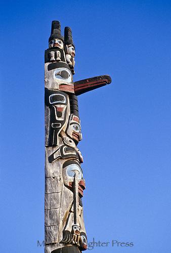 Totem pole Victoria British Columbia