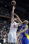 Real Madrid's Felipe Reyes (l) and Maccabi Electra Tel Aviv's Devin Smith during Euroleague match.March 27,2015. (ALTERPHOTOS/Acero)