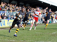 Photo: Richard Lane/Richard Lane Photography. London Wasps v Gloucester Rugby. Aviva Premiership. 17/02/2013. Wasps' Christian Wade runs in for a try.