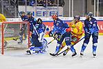 Victor Svensson (Nr.39 - Duesseldorfer EG) trifft zum 0:1, Wayne Simpson (Nr.21 - ERC Ingolstadt), Brett Findlay (Nr.19 - ERC Ingolstadt) und Torwart Jochen Reimer (Nr.32 - ERC Ingolstadt) können das Tor nicht verhindern beim Spiel in der DEL, ERC Ingolstadt (dunkel) - Duesseldorfer EG (hell).<br /> <br /> Foto © PIX-Sportfotos *** Foto ist honorarpflichtig! *** Auf Anfrage in hoeherer Qualitaet/Aufloesung. Belegexemplar erbeten. Veroeffentlichung ausschliesslich fuer journalistisch-publizistische Zwecke. For editorial use only.