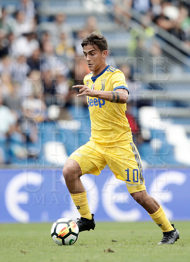Calcio, Serie A: Reggio Emilia, Mapei stadium, 17 settembre 2017.<br /> Juventus' Paulo Dybala in action during the Italian Serie A football match between Sassuolo and Juventus at Reggio Emilia's Mapei stadium, September 17, 2017.<br /> UPDATE IMAGES PRESS/Isabella Bonotto