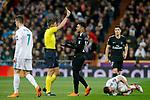 Italian referee Gianluca Rocchi show yellow card to Paris Saint-Germain's Neymar Jr during Champions League Round of 16 1st leg match. February 14,2018. (ALTERPHOTOS/Acero)