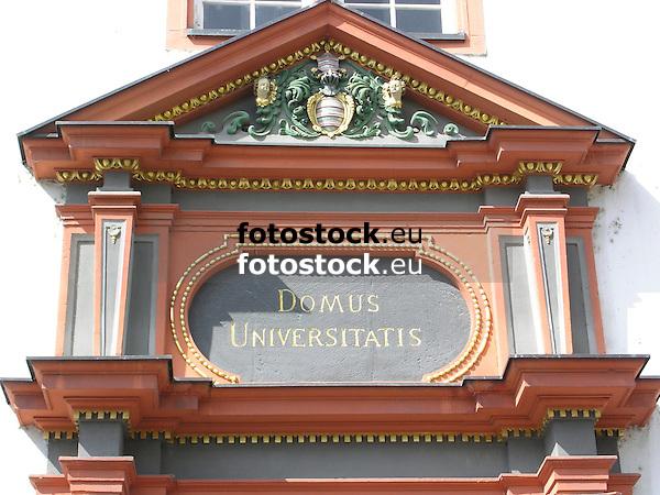 Old University of Mainz<br /> <br /> Universidad Antigua de Maguncia<br /> <br /> Alte Universität Mainz<br /> <br /> 2272 x 1704 px<br /> 150 dpi: 38,47 x 28,85 cm<br /> 300 dpi: 19,24 x 14,43 cm
