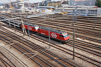 Fernverkehrszug SBB Re460 in Zuerich am 13. Juli 2012..Copyright © Zvonimir Pisonic