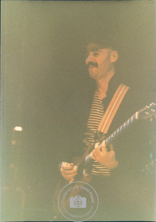 Bob Kulick jamming with The Good Rats in New York City in 1981.
