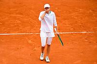 Finale Simple Dames<br /> joie d Iga Swiatek (pol) en fin de match<br /> Parigi 10/10/2020 Roland Garros <br /> Tennis Grande Slam 2020<br /> French Open <br /> Photo JB Autissier / Panoramic / Insidefoto <br /> ITALY ONLY