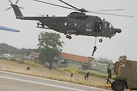 """- Italian Air Force, helicopter HH-3F """"Pelican"""", Air Force Raiders unit and Combat SAR....- Aeronautica Militare Italiana, elicottero HH-3F """"Pelican"""", reparto incursori Aeronautica e Combat  SAR"""