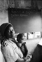 Mozambico, alfabetizzazione adulti