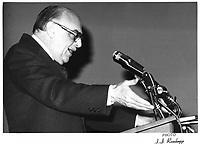 Le Maire Jean Drapeau,<br /> len novembre 1978<br /> durant la campagne pour sa ré-élection, <br /> <br /> PHOTO : JJ Raudsepp  - Agence Quebec presse