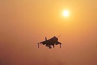 - Royal Navy, vertical takeoff aircraft Sea Harrier ....- Royal Navy, aereo a decollo verticale Sea Harrier