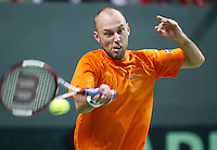 04-03-2006,Swiss,Freibourgh, Davis Cup , Swiss-Netherlands, Peter Wessels  in his match against Stanislas Warinka