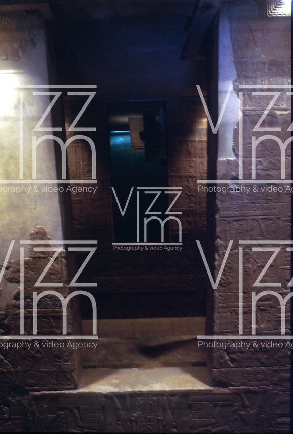 ASWAN- EGIPTO- 17-04-2007. Interior del templo Philae  dedicado a Isis, la Diosa de la fertilidad. Philae Temple inside; it is dedicated to Isis, the goddess of fertility. (Photo: VizzorImage).......