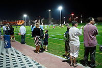 Photo: Richard Lane/Richard Lane Photography. London Wasps in Abu Dhabi for their LV= Cup game against Harlequins on 30st January 2011. 26/01/2011. Local rugby fans watch Wasps training at the Zyaid Sports City.