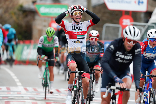 Ivo Oliveira (POR) celebrates as team mate Jasper Philipsen (BEL) UAE Team Emirates wins Stage 15 of the Vuelta Espana 2020, running 230.8km from Mos to Puebla de Sanabria, Spain. 5th November 2020. <br /> Picture: Luis Angel Gomez/PhotoSportGomez | Cyclefile<br /> <br /> All photos usage must carry mandatory copyright credit (© Cyclefile | Luis Angel Gomez/PhotoSportGomez)