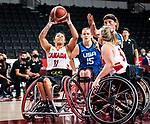 Tara Llanes, Tokyo 2020 - Wheelchair Basketball // Basketball en fauteuil roulant.<br /> Canada takes on the USA in the wheelchair basketball quarterfinal // Le Canada affronte les États-Unis en quart de finale de basketball en fauteuil roulant. 31/08/2021.
