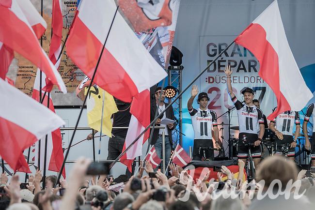 "Team Sunweb/Michael Matthews (AUS/Sunweb) greeting the crowd<br /> <br /> ""Le Grand Départ"" <br /> 104th Tour de France 2017 <br /> Team Presentation in Düsseldorf/Germany"