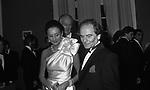 PIERRE CARDIN  JACQUELINE DE RIBES - PREMIO THE BEST  PARIGI 1980