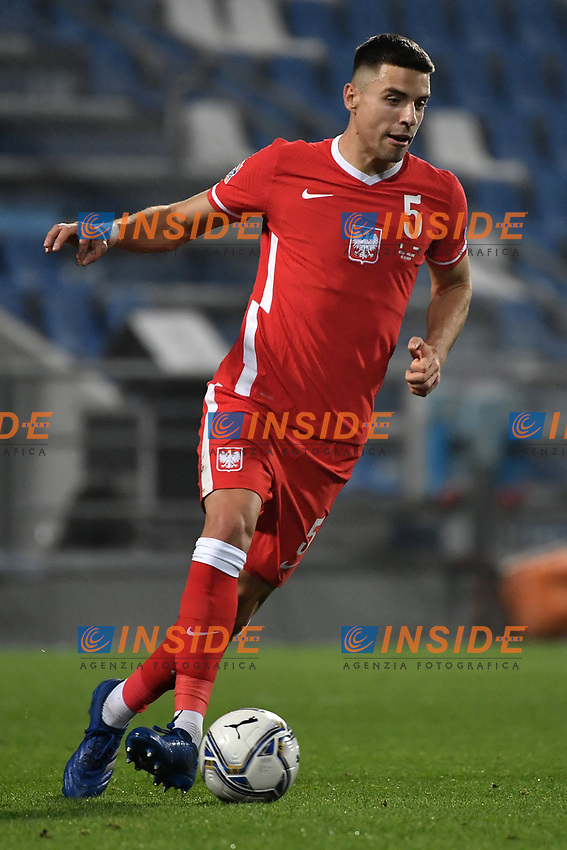 Jan Bednarek of Poland in action during the Uefa Nation League Group Stage A1 football match between Italy and Poland at Citta del Tricolore Stadium in Reggio Emilia (Italy), November, 15, 2020. Photo Andrea Staccioli / Insidefoto